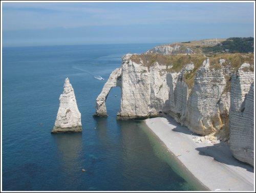 http://www.thbz.org/images/france/etretat2008/falaise-aval-3.jpg