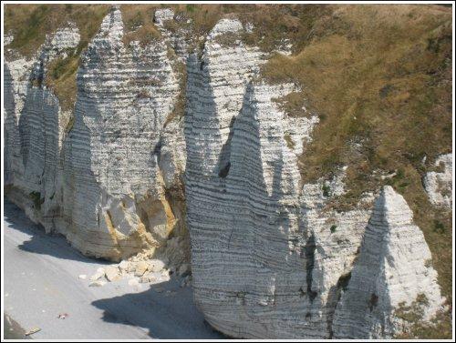 http://www.thbz.org/images/france/etretat2008/falaise-aval-5.jpg