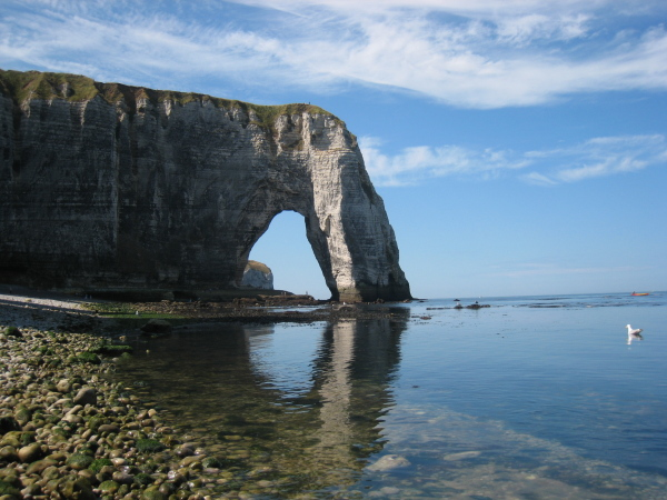 http://www.thbz.org/images/france/etretat2008/seconde-arche.jpg