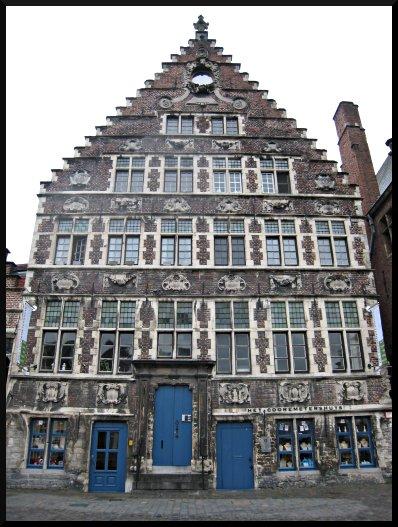 Les fa ades de gand bloc notes for Maison avec pignon en facade